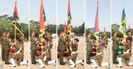 সেনাবাহিনীর ৫ ইউনিটকে রেজিমেন্টাল কালার প্রদান