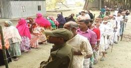 শিবচর উপজেলা পরিষদের উপ-নির্বাচনে ভোটগ্রহন চলছে