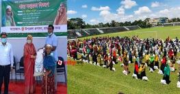 মাদারীপুরে ৩৩৩-তে কল দিয়ে ত্রাণ সহায়তা পেল ৬০০ পরিবার